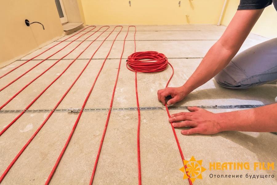 Плюсы и минусы греющих кабелей для теплого пола